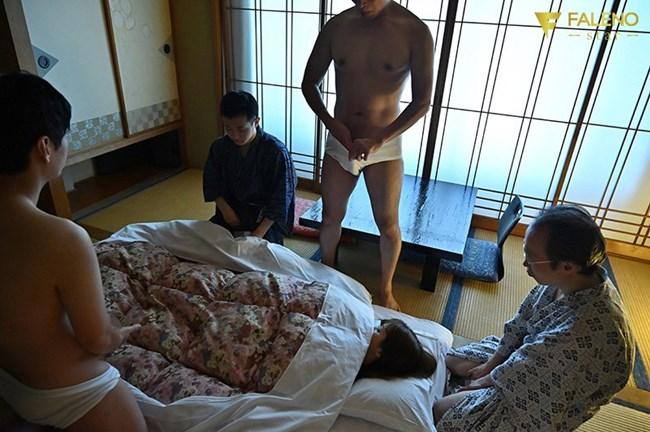 友田彩也香 フェラ